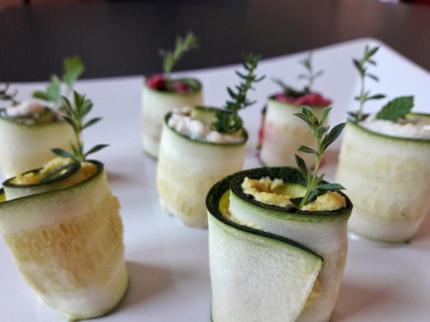 00 - Involtini di zucchine crude con crema di anacardi 2