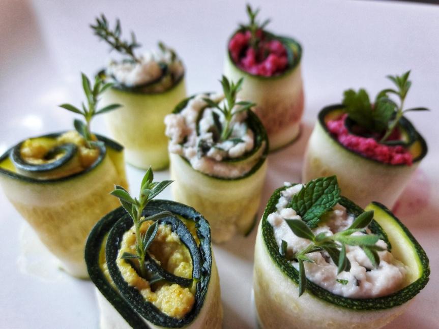00 - Involtini di zucchine crude con crema di anacardi 3